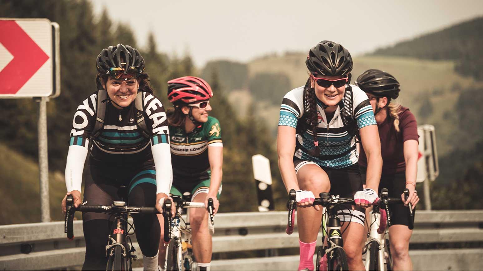 Beim Women's Cycling Camp gibts gemeinsame Rennrad-Ausfahrten.