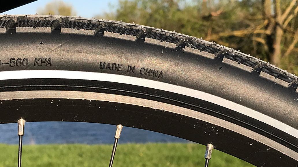 Hergestellt wird der Reifen in China.