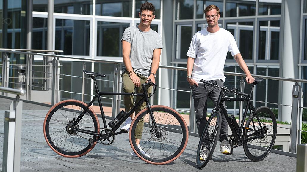 Die Macher von Sushi Bikes: Andy Weinzierl und Joko Winterscheidt.