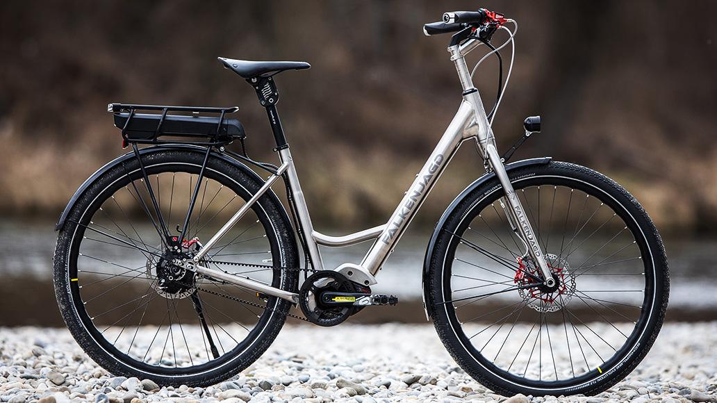 Falkenjagd Hoplit E14, XXL-Räder, Test