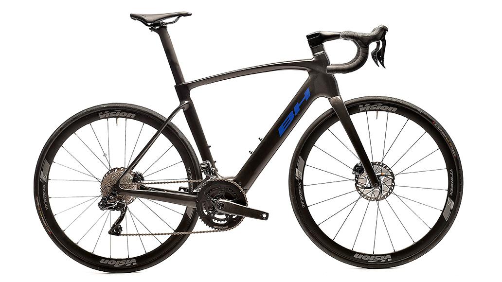 BH Bikes Core Race C. 1.8 EC 181, E-Rennräder, Test